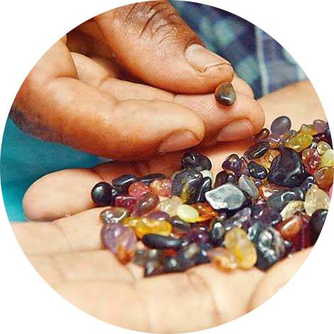 原石採掘体験